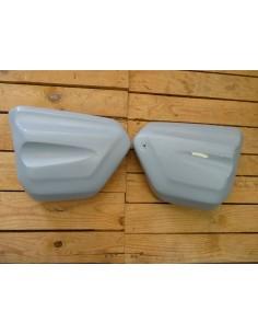 Caches latéraux Vmax 1700